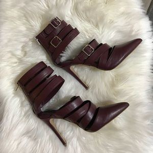 Shoes - NWOT size 9 plum boss lady heels! Fierce and hot!